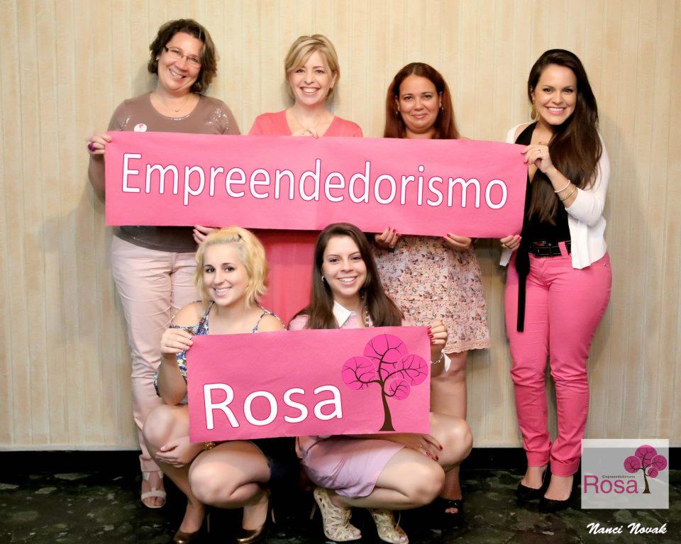 Colunista do Empreendedorismo Rosa até 2014, apoiando o empreendedorismo feminino.