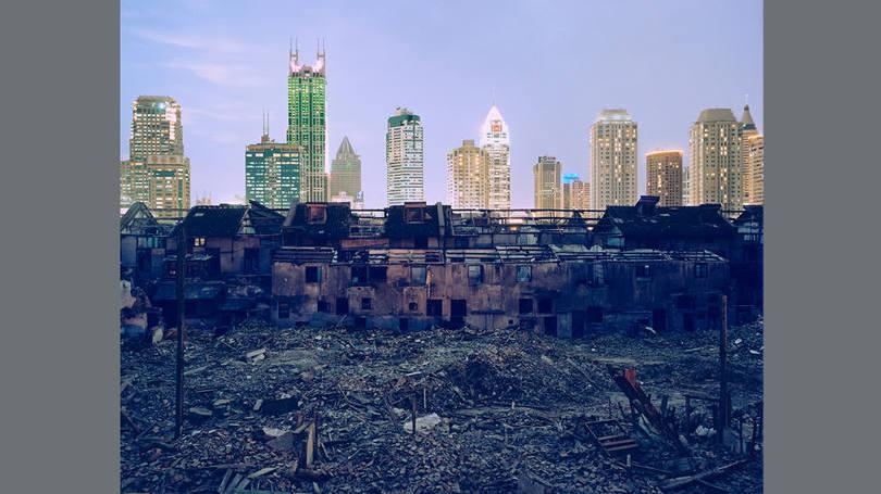 size_810_16_9_xangai-em-queda-demolicao-em-fuxing-lu-2002