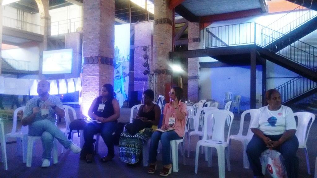 Casa Fluminense O diretor executivo do Cieds, Fabio Muller, discute com representantes de ONGs sobre sustentabilidade no terceiro setor.
