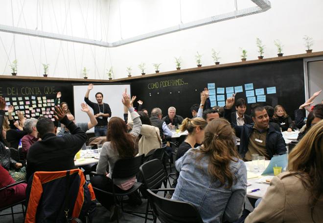 jovens-profissionais-do-desenvolvimento-empreendedorismo